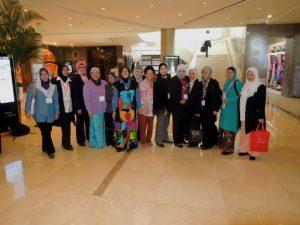 Menyertai delegasi program juga adalah peluang membina jaringan.